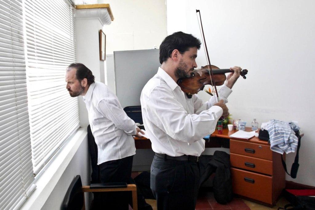 Diego Schicci for FNPI, Juan Fernadez and Elizabeth Mendes